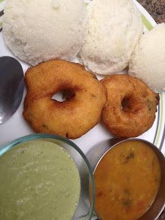 Idli Vada Sambar Chutney-Delicious