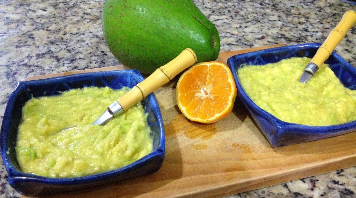 [Receitas] Abacate com limão e açúcar - com frutas do quintal!