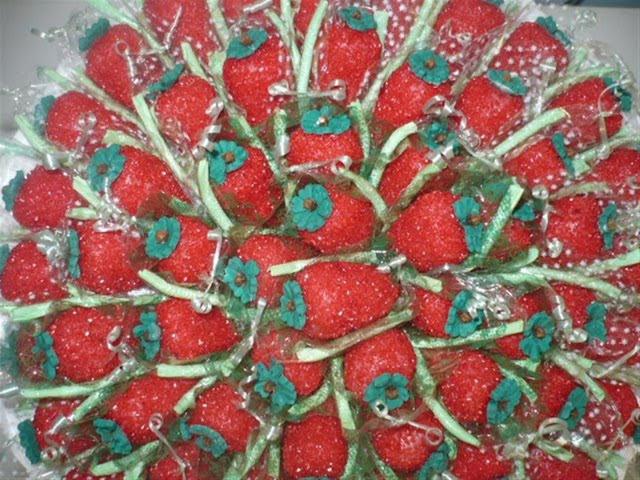 como fazer os doces da festa da moranguinho