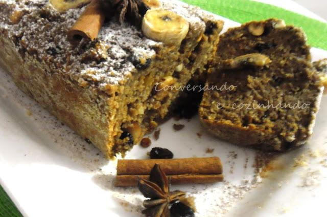 bolo de pão velho no liquidificador simples