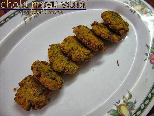 Cholam vadai / makkai vada / chola mavu vada / corn meal fritters