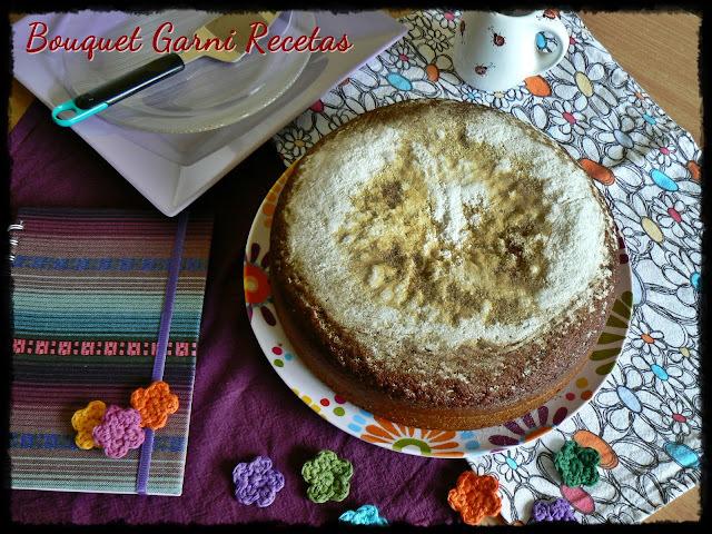 Torta de miel ucraniana (Para festejar los más de 100 amigos del blog y los más de 200 seguidores en Google+) y... ¡Nuevo premio!