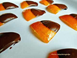Kandírozott narancshéj étcsokoládéba mártva