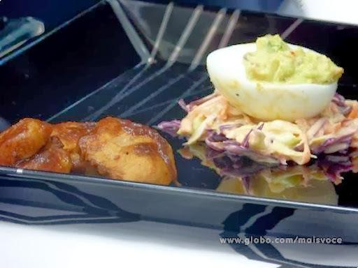 Frango Barbecue com Ovos Endiabrados e Salada de Repolho - Programa Mais Você