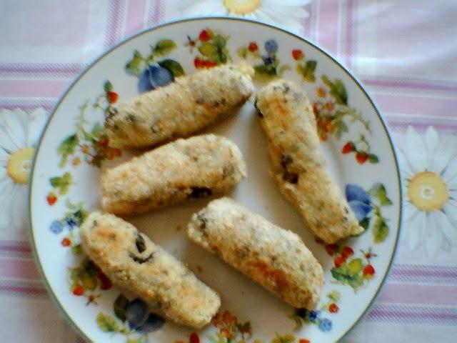 Croquetes de batatas com recheio de  alcaparras e azeitonas