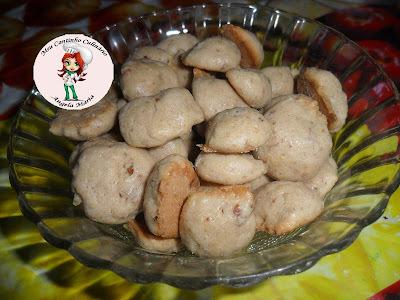 Biscoitinhos de leite condensado e nozes