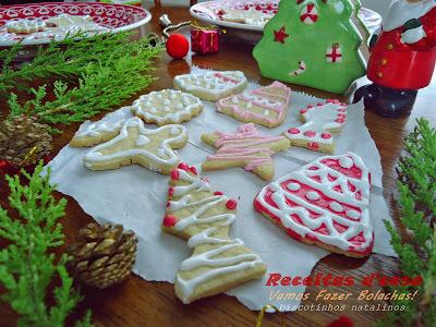 biscoitos decorados com açucar colorido