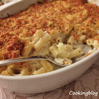 Mac 'n' cheese com couve-flor e queijo Cheddar