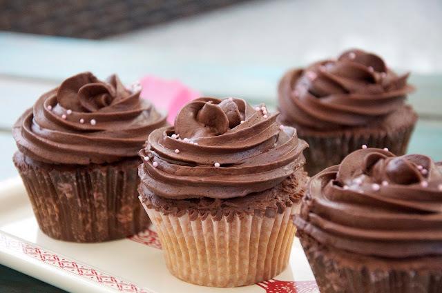Earl Grey Cupcakes con un topping mortal