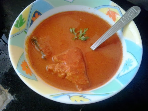 Goan style fish curry |goan surmai che kalvan |seer fish goan rassa