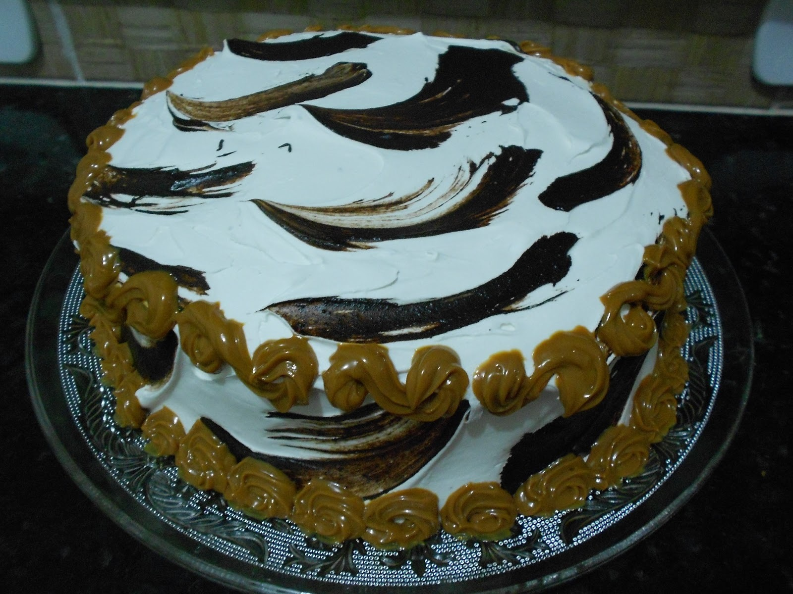 Torta Chocolate e recheio doce leite