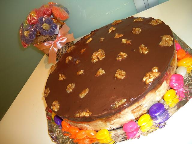 Receita: Torta de Creme Carolinda com Nozes