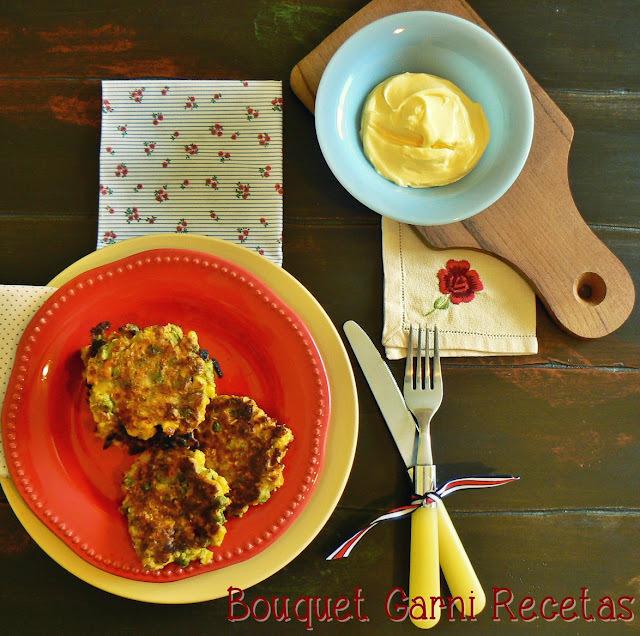 Buñuelos de verduras, harina de garbanzos y avena (sin huevos y sin frituras)