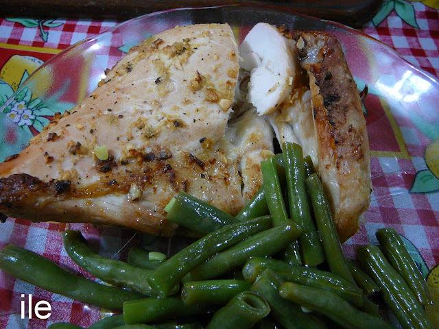 Pollo al horno con jengibre y ajo