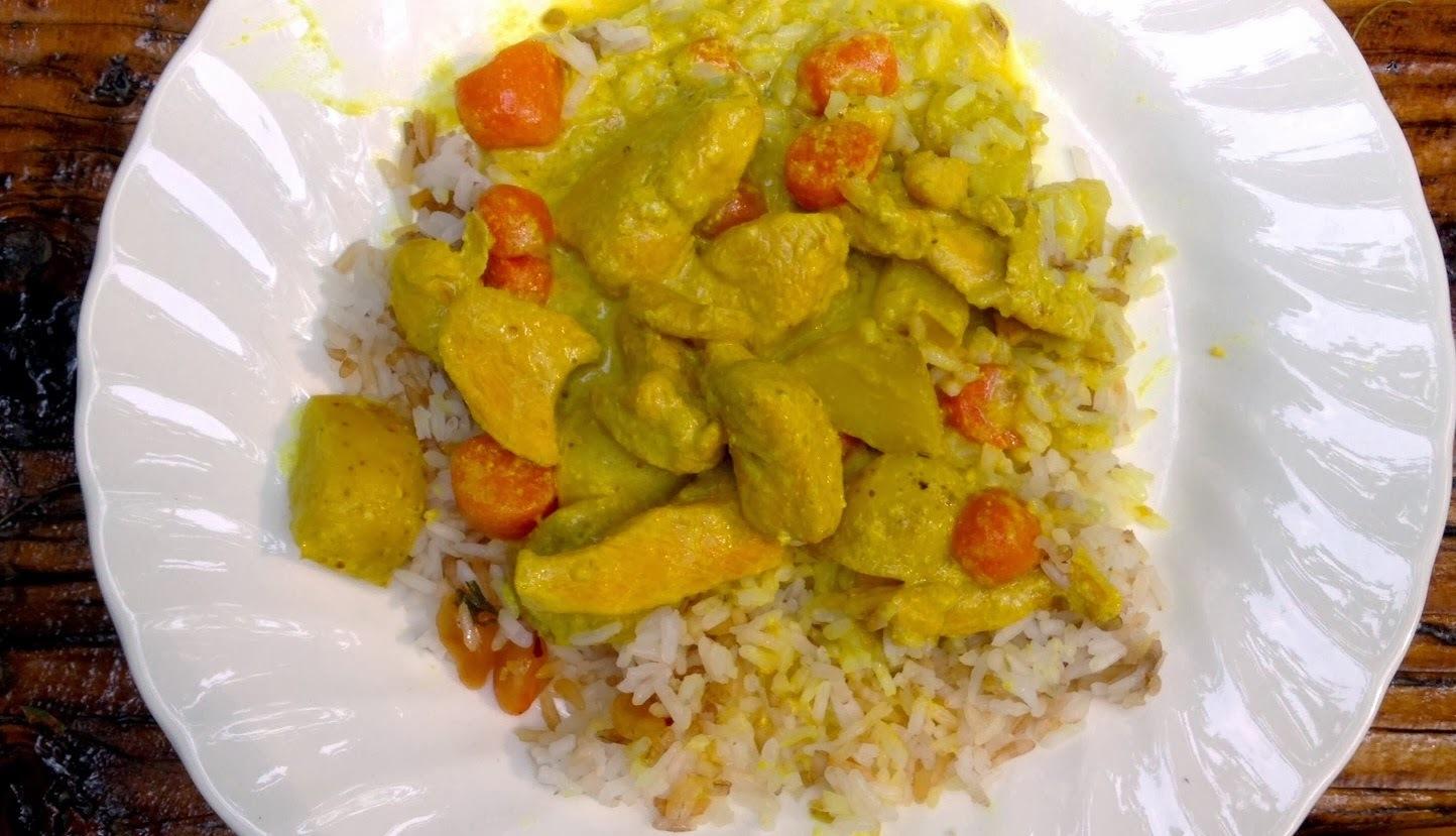 Curry de pollo en leche de coco y verduras (20 minutos + 30 de cocción)