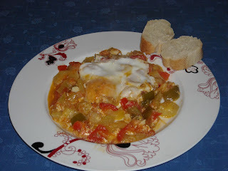 PISTO CON HUEVOS (SPANISH RATATOUILLE WITH EGGS)