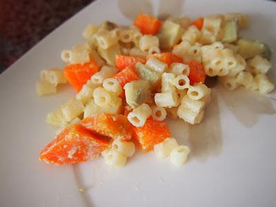 de verdura com maionese e macarrao