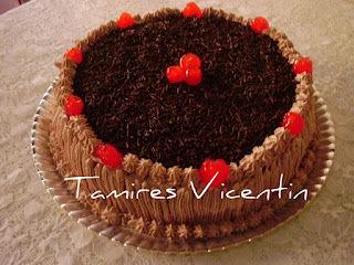 bolo de chocolate com emulsificante na massa