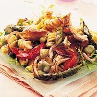 Salada de Frango e Fusilli