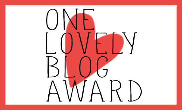 PRIMER PREMIO ONE LOVELY BLOG AWARD