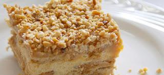 torta de amendoim com creme de leite e leite condensado