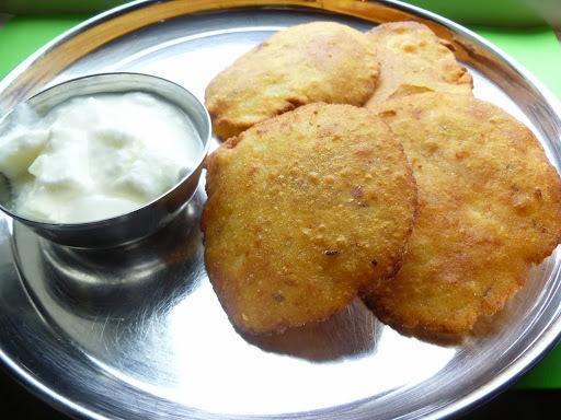 Rajgira Poori /Amaranth Flour Poori