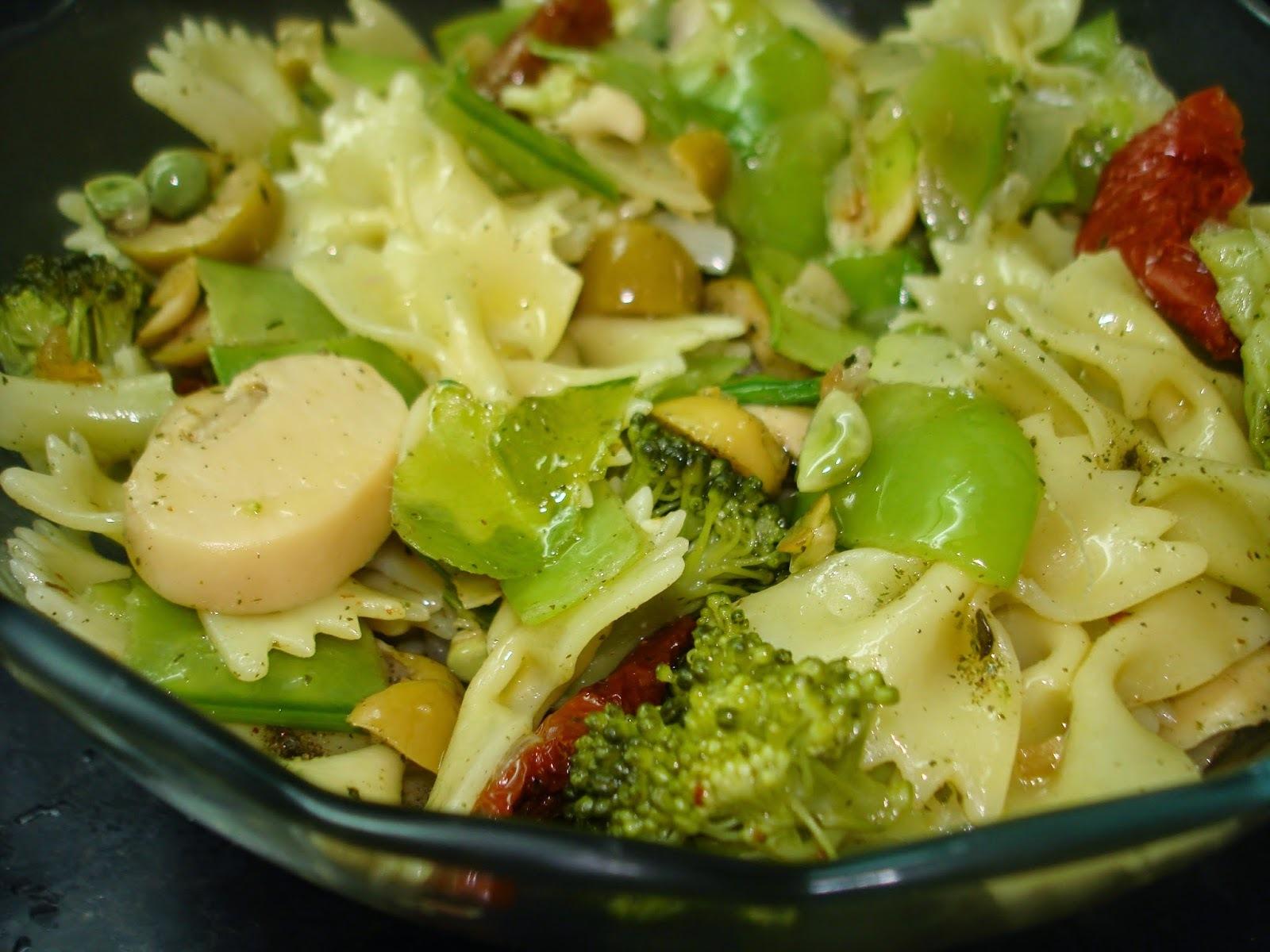 Salada Refogada - ficou uma delícia e foi fácil de fazer!