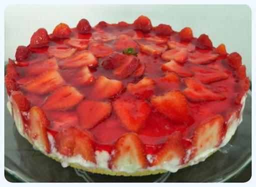 Torta de morangos clássica