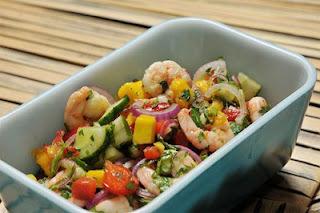 Salada Refrescante de Camarão