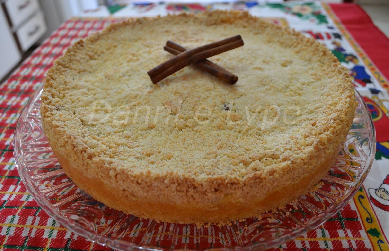 Torta de Farofa com Creme de Milho