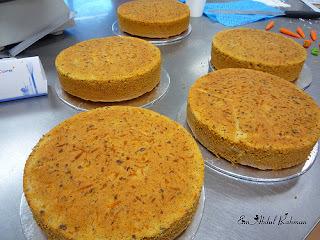 Bolo de Cenoura com Açafrão e Laranja