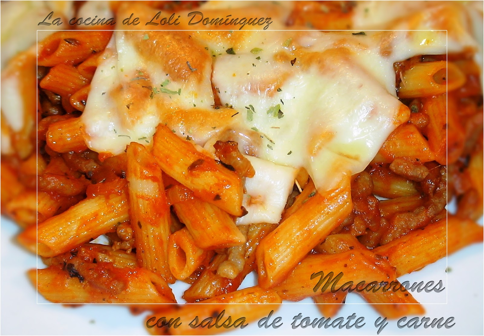 MacarronesCon salsa de tomate y carne