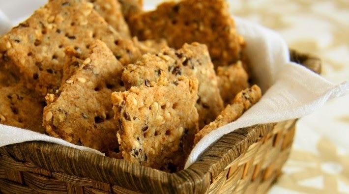 biscoito integral com aveia e linhaça