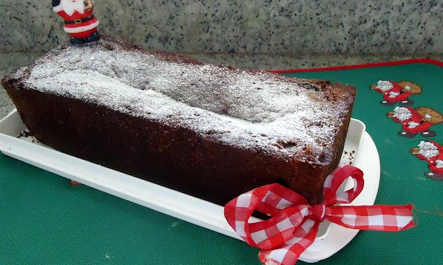 de bolo com farinha integral nozes passas e açucar mascavo
