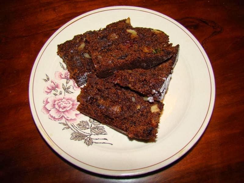de torta con azucar negra y nueces