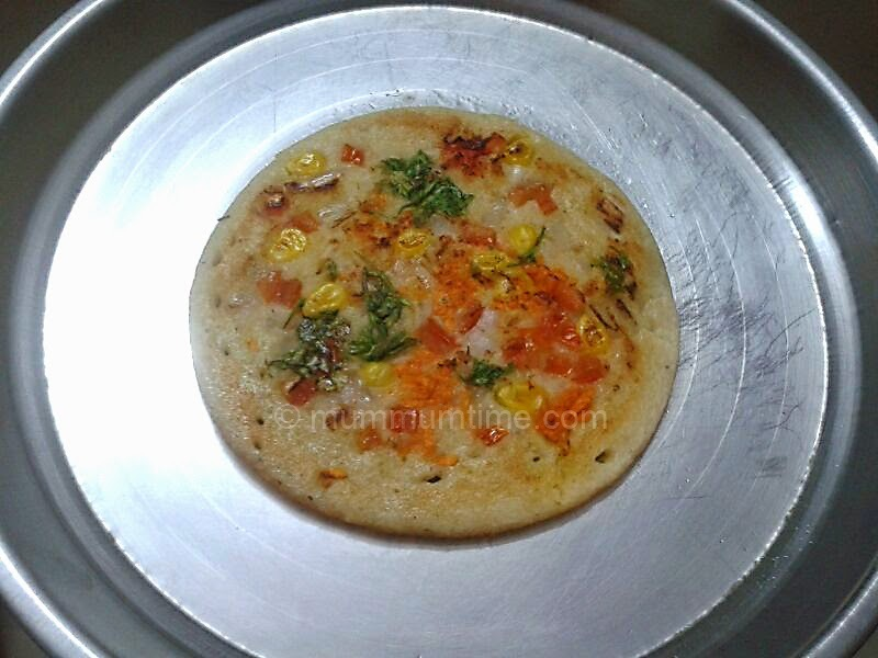 Mixed Dal and Veg Uttapam