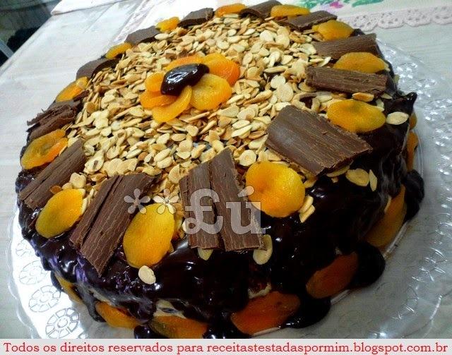 BOLO DE CHOCOLATE DO MEU NIVER