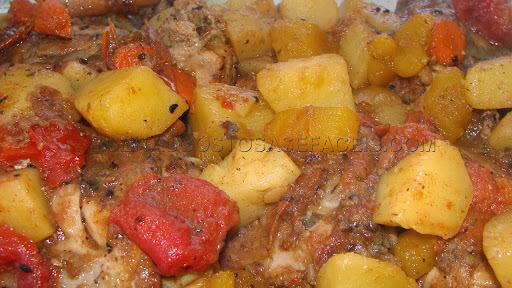Frango ensopado com mandioquinha e cenoura