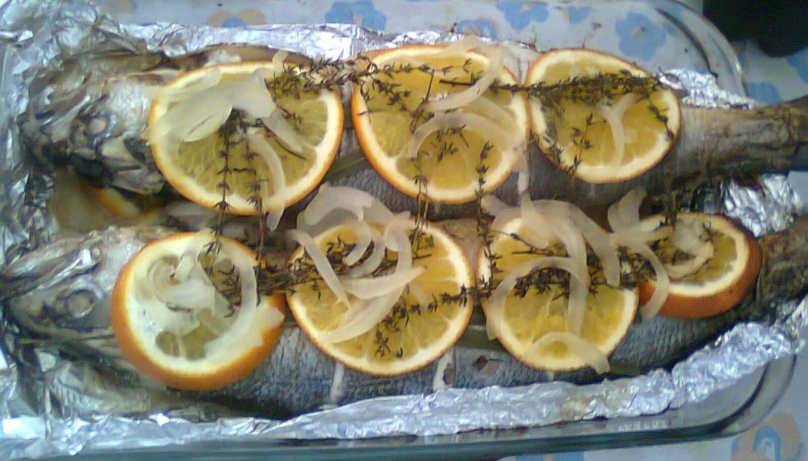 Peixe Perfumado com Capim Limão, Laranja e Tomilho