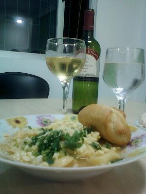 À espera do friozinho: Sopa de capeletti e um vinho