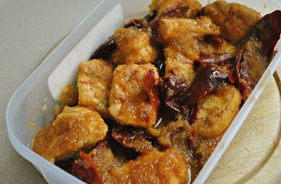 Pollo al horno con chile guajillo (20 minutos + 30 en el horno)