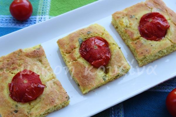 Ψωμί-πίτα με ντοματίνια και βασιλικό
