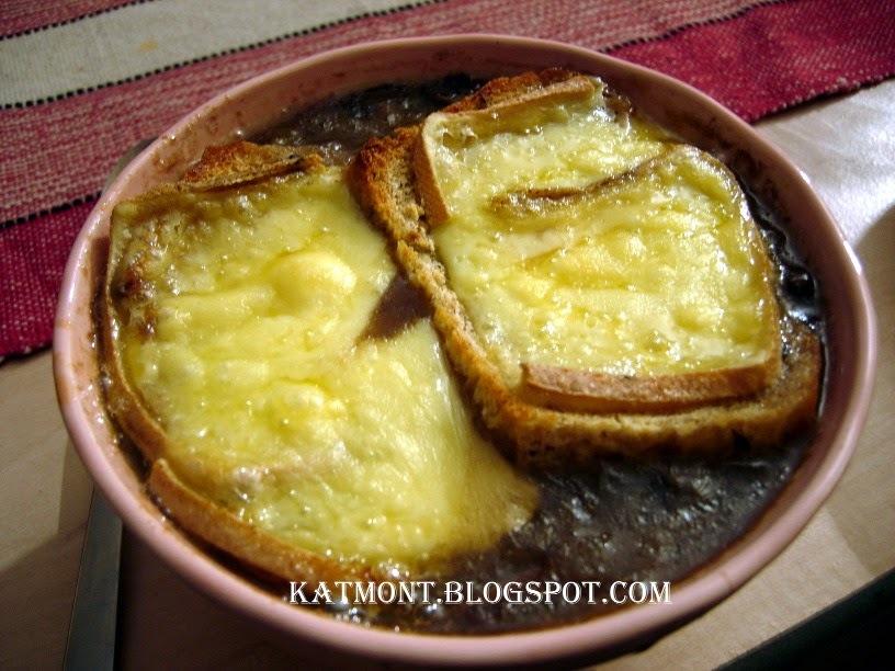Sopa gratinada de cebola e cogumelo - Soupe gratinée à l'oignon et aux champignons