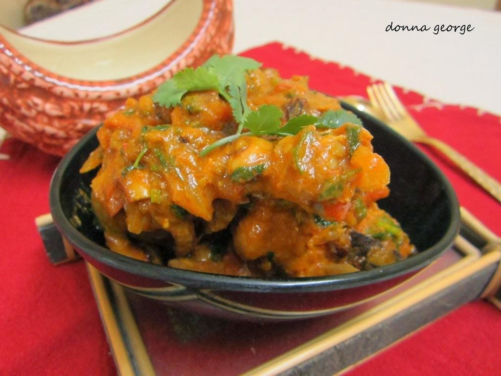 Kashmiri Style Chicken Curry
