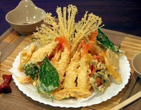tempura de legumes e camarão