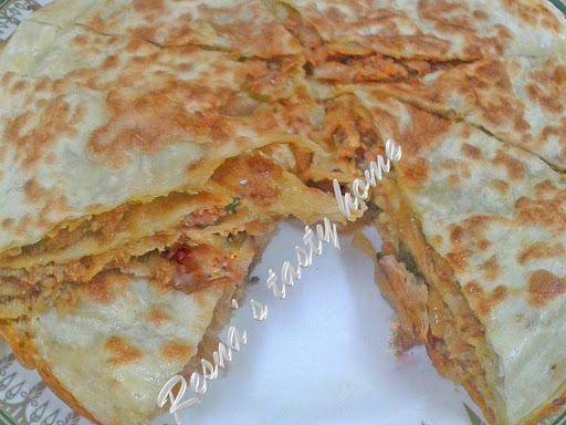 Chicken chatti pathiri (Layered pastry)