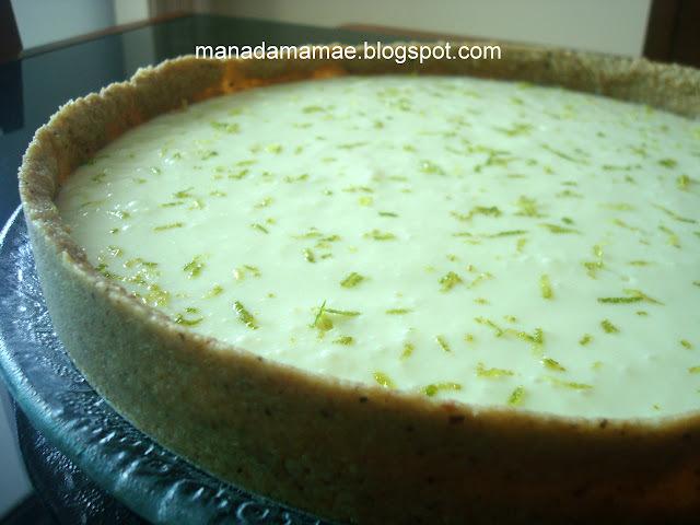 Torta de Limão com Castanha de Caju
