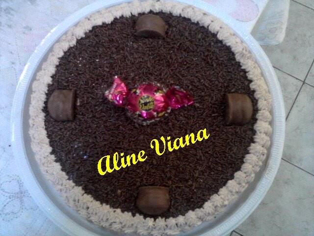 Bolo de brigadeiro e sonho de valsa: Aline Viana