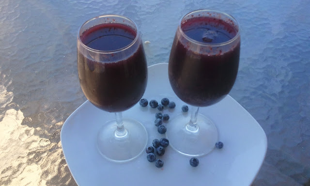 Arándanos sour  (Blueberry Drink)