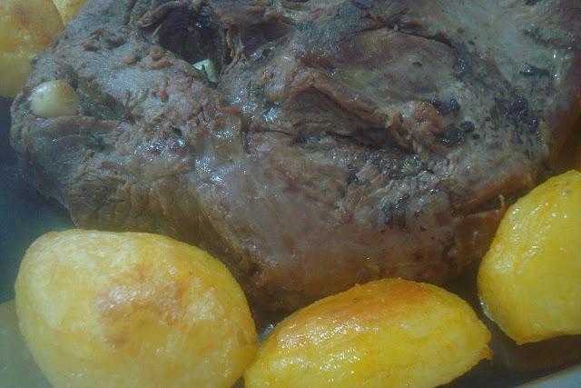 alcatra assada no forno com batatas
